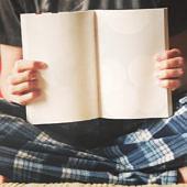 Üres könyv