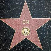 """Hollywoodi csillag """"Én"""" felirattal"""